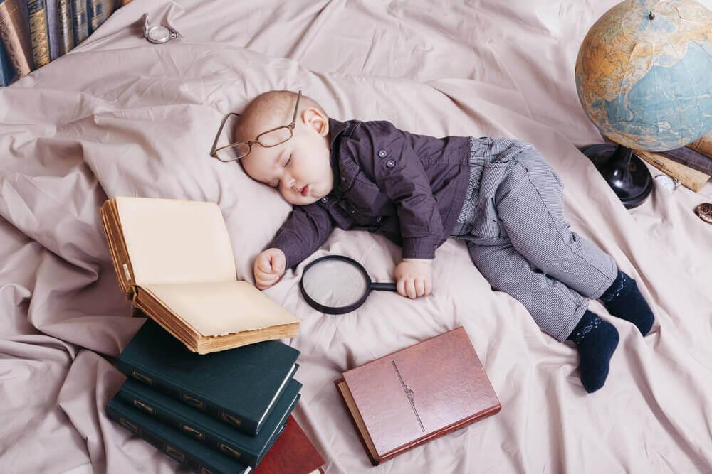 bambino si è addormentato ricercando parole chiave